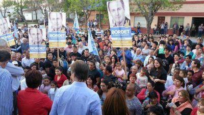 Bordet encabezó un acto político en Feliciano