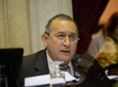 Metaza criticó a Costa por su labor parlamentaria