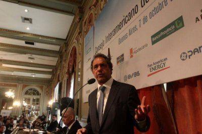 Córdoba: una docena de intendentes radicales pegan el salto y respaldan la candidatura de Scioli