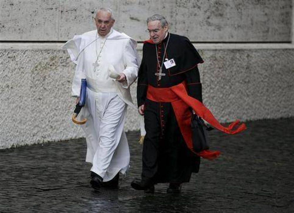 El Vaticano busca que el escándalo no opaque al sínodo
