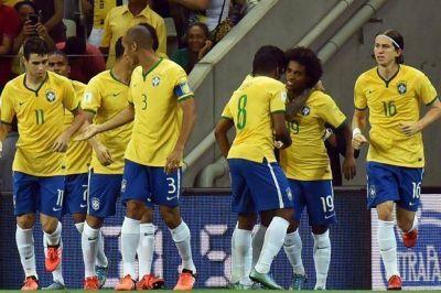 Brasil le ganó por 3-1 a Venezuela y sumó sus primeros tres puntos