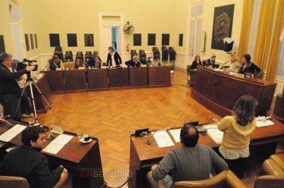 El Concejo Deliberante solicitó obra de asfalto de banquinas en la Ruta N° 205