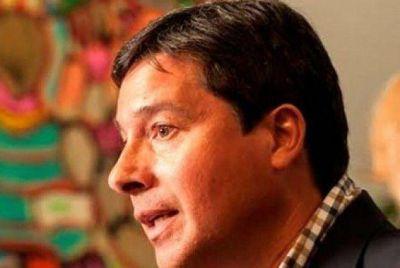 Zavallo arremetió contra el aumento salarial de funcionarios en Viale