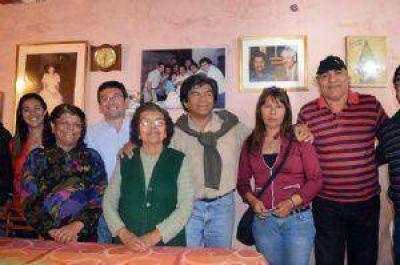 El peronismo unido de campaña en Fray M. Esquiú