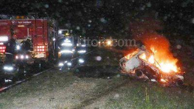 Familia santiague�a se salva de milagro en un tr�gico choque sobre Ruta 34