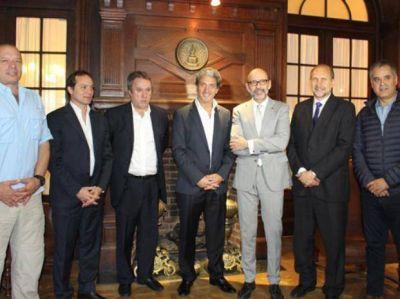 """Omar Perotti: """"La Universidad es clave para el desarrollo"""""""
