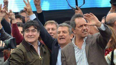 Funcionarios y dirigentes festejan el lugar que le dio Scioli a Urribarri