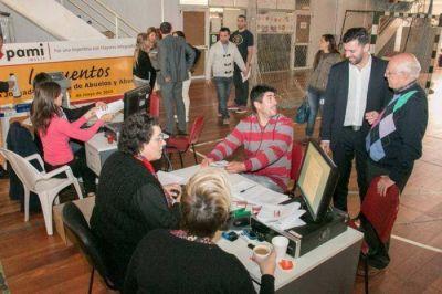 Los trabajadores del ex EMHSA están firmando sus nuevos contratos