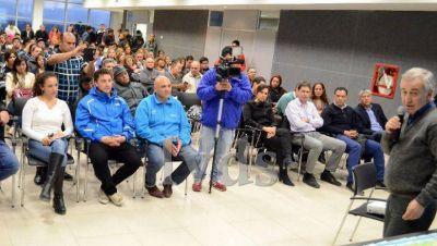 Lucio Tamburo expuso detalles del Acueducto Norte Santacruceño