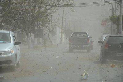 """""""El viento zonda trajo muchas complicaciones para la gente"""""""
