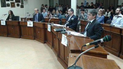 Los candidatos a concejales de Bah�a Blanca debatieron a 10 d�as de las elecciones