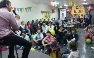 Luciani participó de un encuentro con jóvenes PRO en Luján