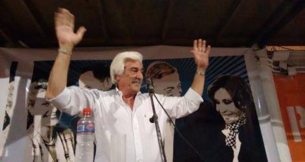 Con críticas a Salazar, Pángaro presentó su lista en concurrido acto