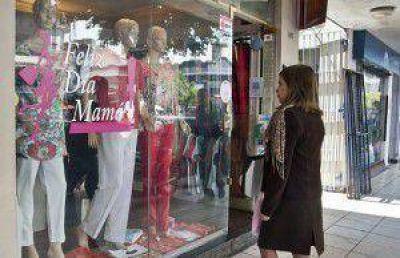 Con descuentos de hasta 40%, los comercios encienden la batalla por el Día de la Madre