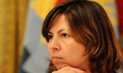 Scioli anunci� que Silvina Batakis ser� su ministra de Econom�a si gana las elecciones