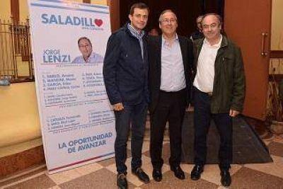 """Jorge Lenzi presentó las """"Bases para el desarrollo de Saladillo"""""""