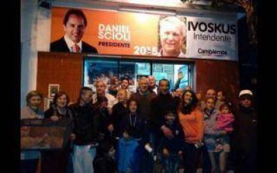 San Martín: Ivoskus, de Cambiemos, hace campaña en local de Scioli