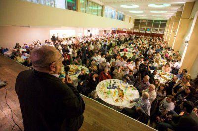 Arroyo: �junto a los vecinos, la fuerza del cambio es imparable�