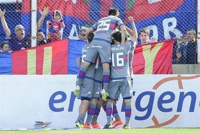 Tigre le ganó a Banfield y pelea por un lugar en la liguilla Pre-Libertadores