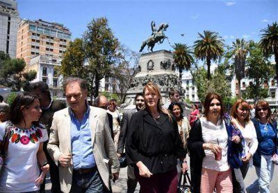 Con actos y recorridas, en la recta final los candidatos se disputan el voto en Córdoba
