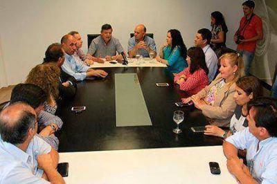 San Martín: Peppo e intendentes coordinaron el apoyo a Daniel Scioli