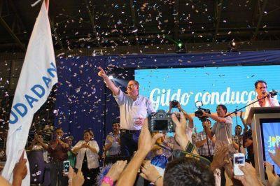 JOFRE cerró campaña con imponente acto en el Cincuentenario