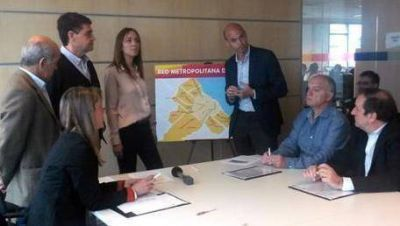 Vidal propone un metrobus para el Conurbano