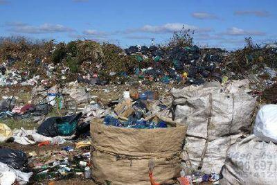 Para la Provincia, el basural de Luj�n est� �saneado�