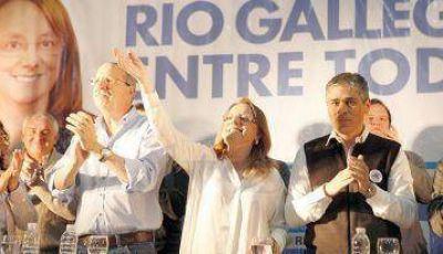 """Alicia Kirchner: """"Tenemos que trabajar para fortalecer desde Río Gallegos a Santa Cruz"""""""
