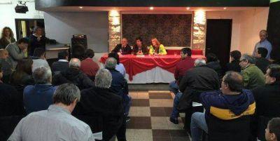 Carlos Arroyo se reunió con clubes de Mar del Plata y Batán