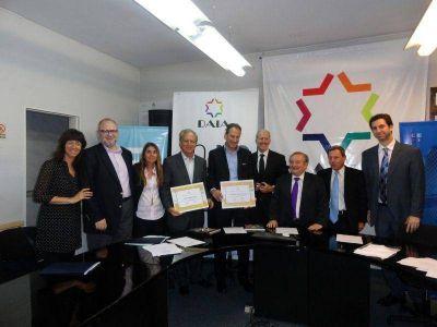 La DAIA reconoció a la Fundación Tzedaká y a la escuela ORT
