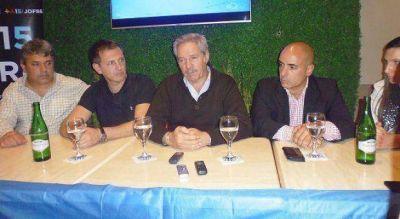 Sol� pis� las tierras de Hugo Curto y prometi� el batacazo electoral de Jofre