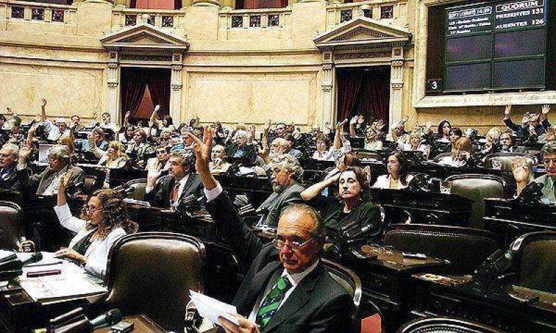 El oficialismo tendría los votos para prorrogar las facultades delegadas al Poder Ejecutivo