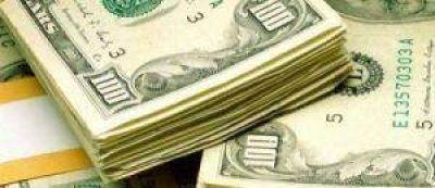 Dólar blue cayó 15 centavos a $ 15,88. BCRA vendió otros u$s 150 millones