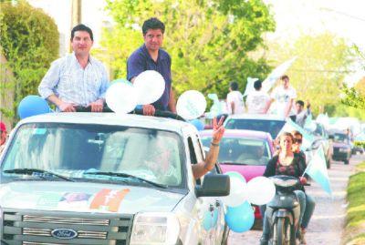 Con una caravana por los barrios cerró su campaña Gabriel Macchi