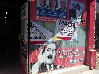 Atacan la sede del movimiento alfonsinista