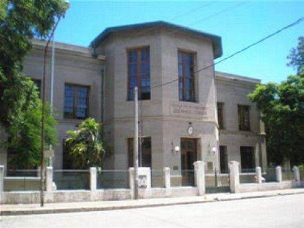 El Ministerio de Educación abandonó las escuelas correntinas