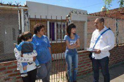 Queijeiro cerró su campaña por los barrios