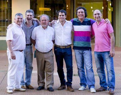González cerró la campaña convocando a la transparencia y al cambio de prioridades