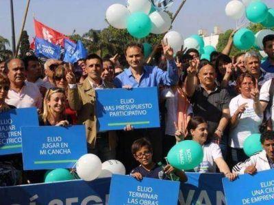 Pablo Bruera cerró su campaña con una caminata por la ciudad