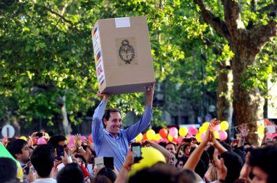 """Desde La Plata, Garro avisó: """"Ocho de cada diez platenses quieren un cambio"""""""