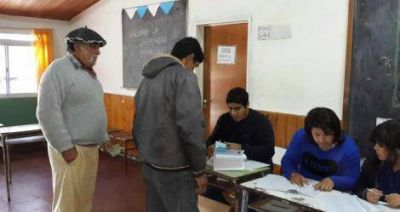 Elecciones 2015: A diferencia de las PASO, en la mayoría de las escuelas se vota con normalidad