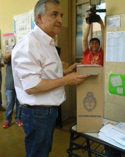 Morales advirtió un lento conteo de votos