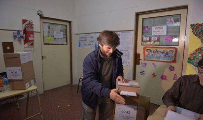 """Bonifatti: """"La gente salió con muchas ganas de votar"""""""