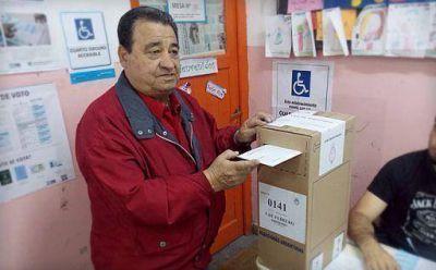 Hugo Curto vot� en Caseros
