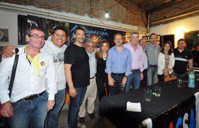Valenzuela: �En Tres de Febrero, claramente la cosa es entre Hugo Curto y yo�
