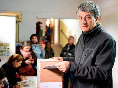 Votó el intendente Barrera