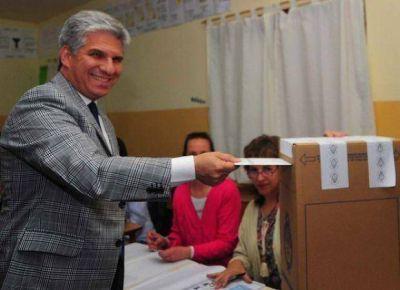 """Poggi: """"Votamos, es una forma de consolidar cada vez más la democracia"""""""