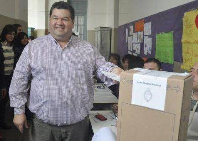 """Esperanzado con el """"cambio"""", votó Jorge Nedela"""