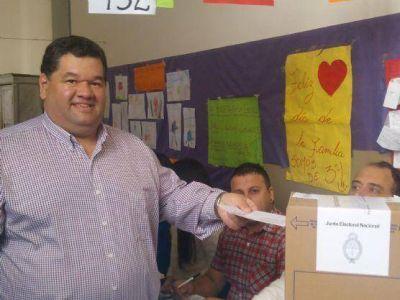 """Nedela emitió su voto: """"Estamos frente a una posición muy clara, o la continuidad o el cambio"""""""